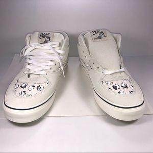 b4195a6f25 Vans X Peanuts Shoes - Van X Peanuts Half Cab Beige Snoopy Sneaker